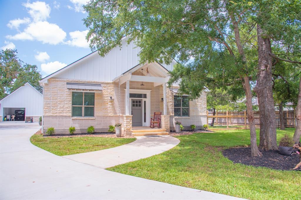 3028 W Pin Oak Lane, Caldwell, TX 77836