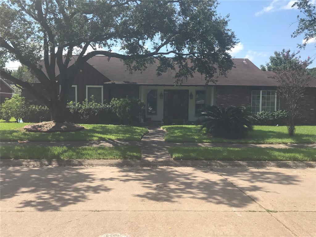 2202 E Lillian Street, Pasadena, TX 77502