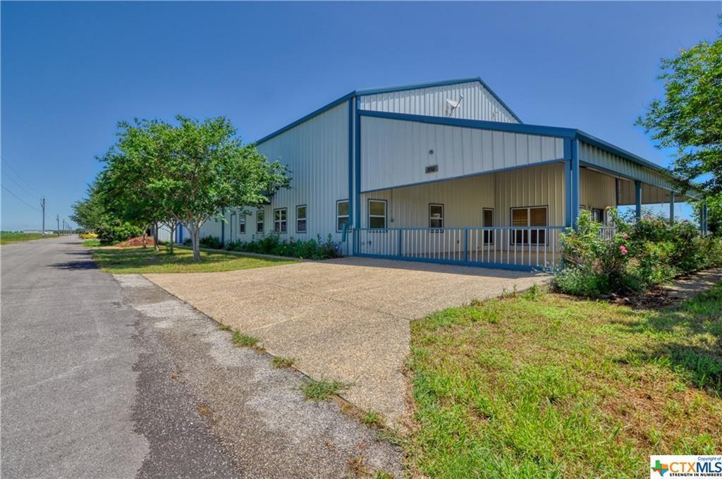 551 Beechcraft Lane, Seguin, TX 78155