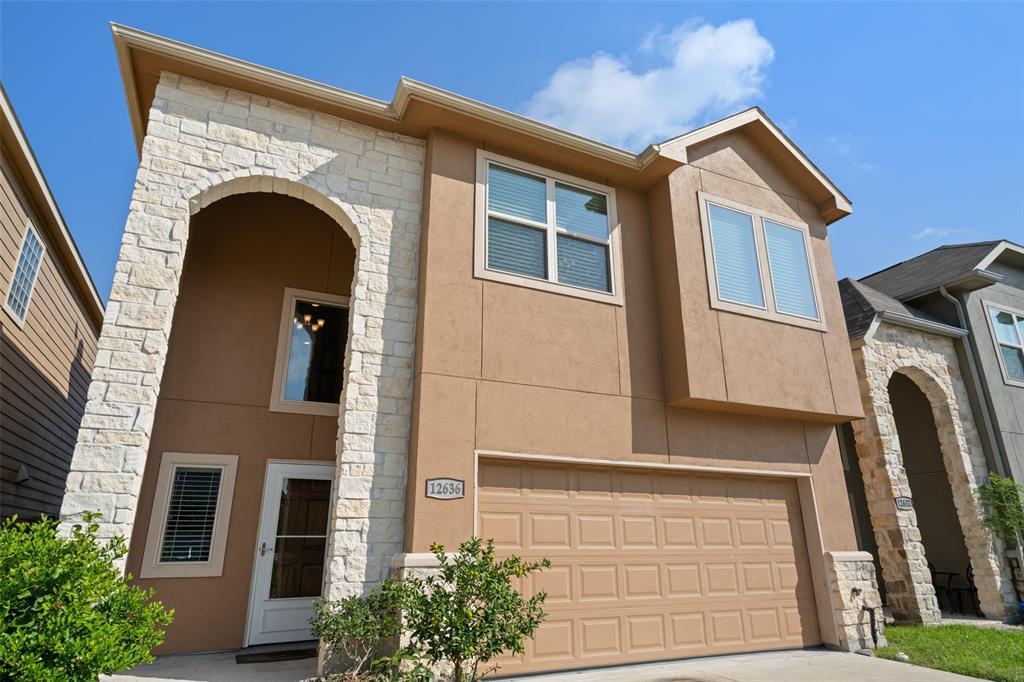 12636 Ashford Shadow Drive, Houston, TX 77072