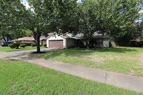 7818 Chaseview Drive, Houston, TX 77489