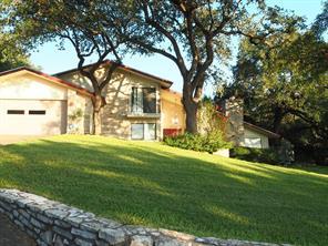 405 Rolling Hill Drive, La Grange, TX 78945
