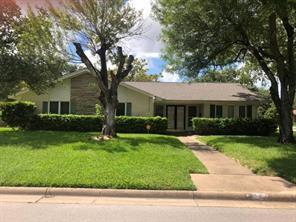 1523 20th Avenue N, Texas City, TX 77590