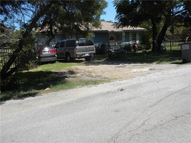 11321 Harvest Road, Balch Springs, TX 75180