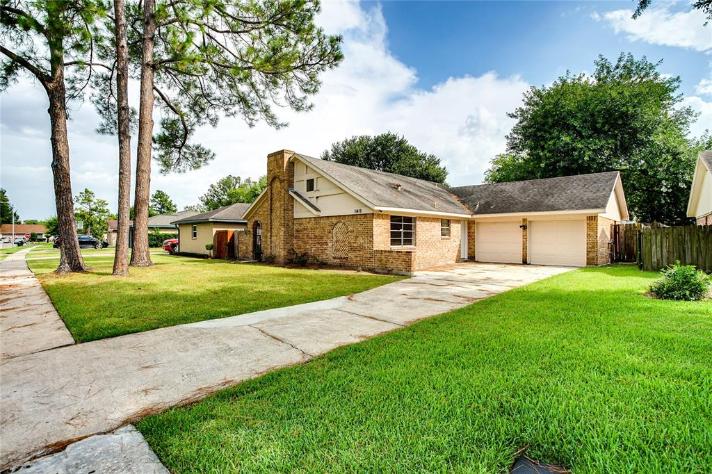 11419 Fairpoint Drive, Houston, TX 77099