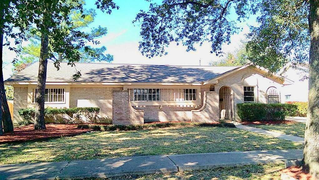7622 Pella Drive, Houston, TX 77036