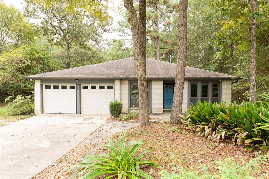 Fantastic well maintained home at the end of the cul-de-sac sitting on an over-sized lot backing to a private reserve. You'll love the hard wood floors, spacious family room with gas log fireplace, and split floor plan. Wonderful oversized back deck overlooking the reserve. Close to I-45, and minutes from all The Woodlands has to offer including: Market Street, Waterway, Parks, and Trails.