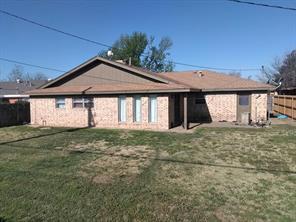 1820 Lynn, Pampa TX 79065