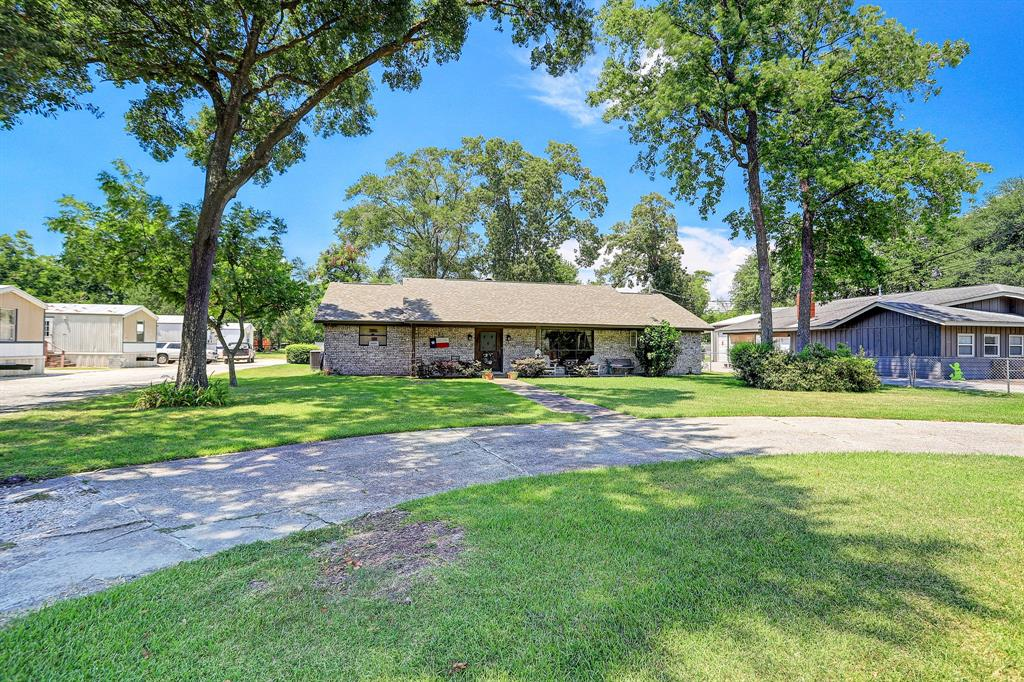 15435 N Brentwood Street, Channelview, TX 77530
