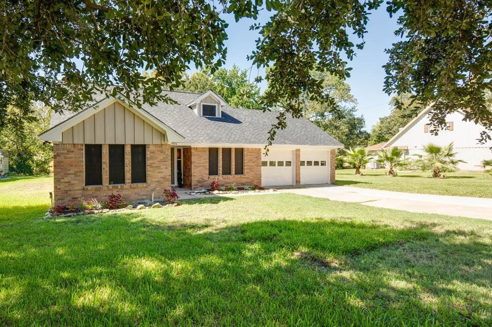 2504 Willow Bend Drive, Bryan, TX 77802