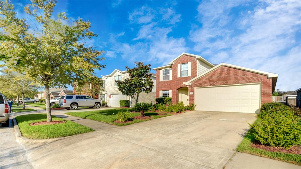 Beautifully constructed and well maintained Ryland home located conveniently close to US-90 ALT and other major highways. This 4 bed, 3 bath, 2 car garage property is the perfect place to call home. As you enter the home you are greeted with a beautiful formal dining which then leads to the spacious living room. The open game room and living area makes perfect room for family and friends. Upgrades include new floors, fresh paint and newly installed A/C unit making this home move-in ready!