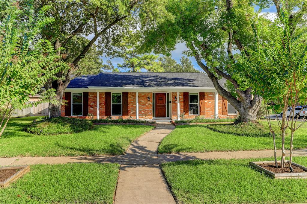 7735 Romney Road, Houston, TX 77036