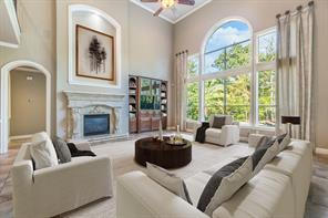 43 Nocturne Woods, The Woodlands TX 77382