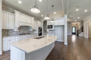 625 Ashbrook Ridge Lane, Pinehurst, TX 77362