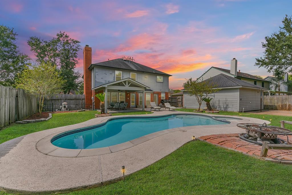 4223 Stoney View Drive, Pasadena, TX 77505