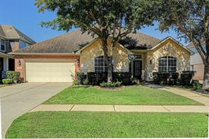 105 Chiselstone Court, Friendswood, TX 77546