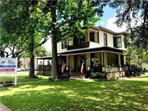 1203 Travis Street, Columbus, TX 78934