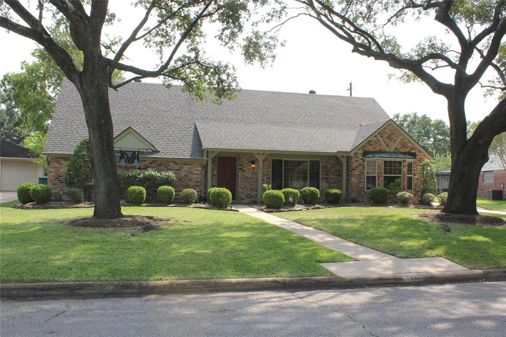 7622 Montglen Street, Houston, TX 77061