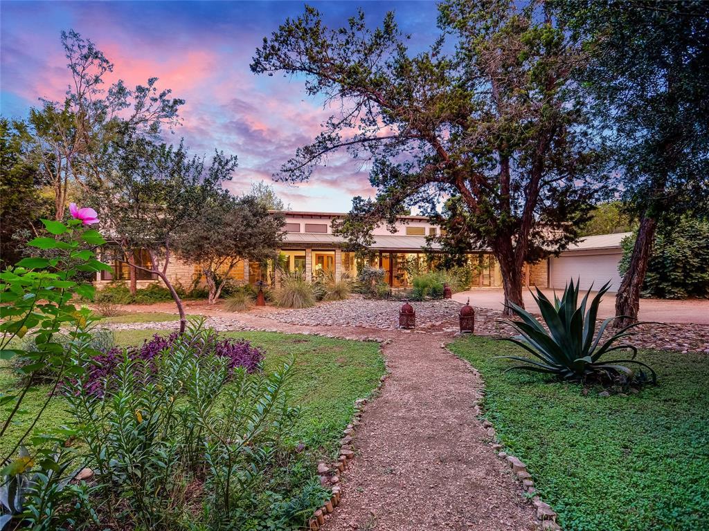 216 Canyon Oaks Drive, Wimberley, TX 78676