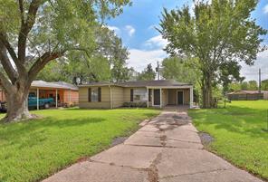 5418 myrtlewood street, houston, TX 77033