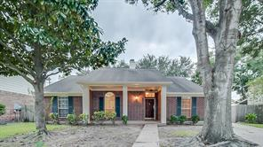 4207 Hambledon Village, Houston TX 77014