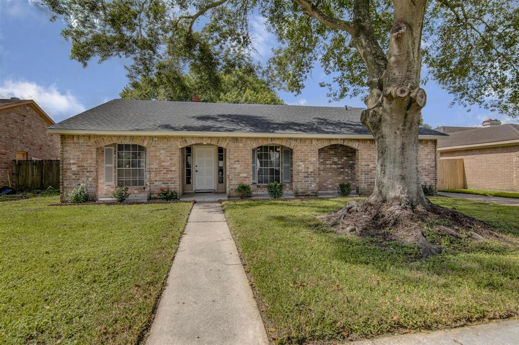 12811 Hunting Brook Drive, Houston, TX 77099