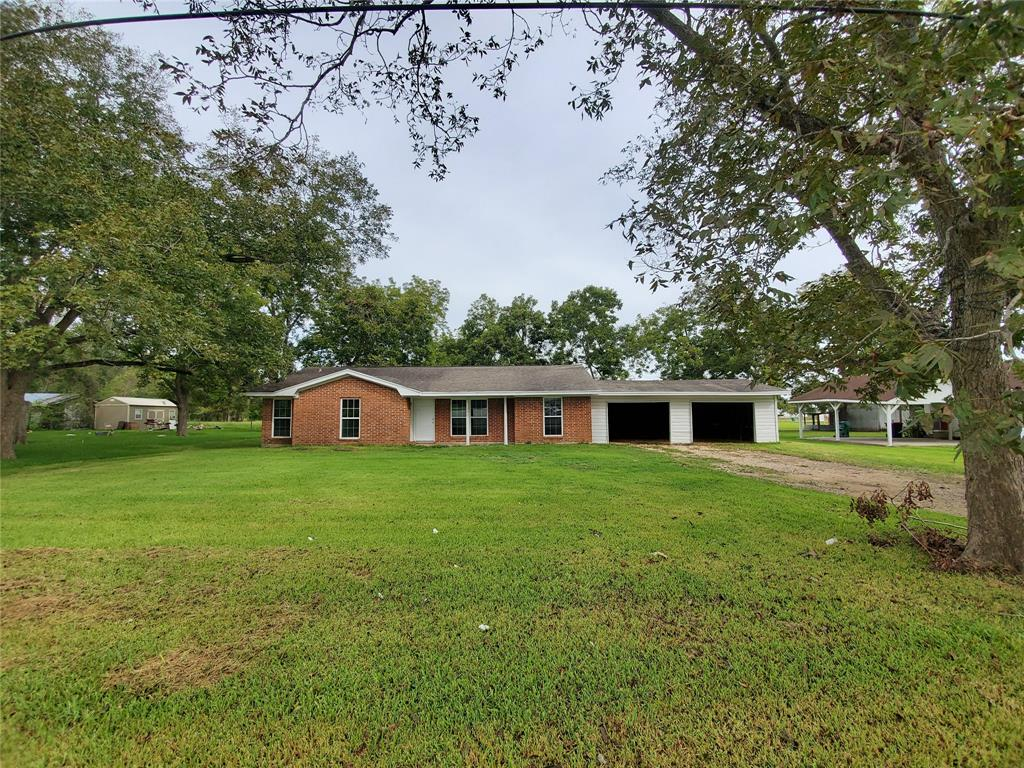 170 W Crosby, Sour Lake, TX 77659