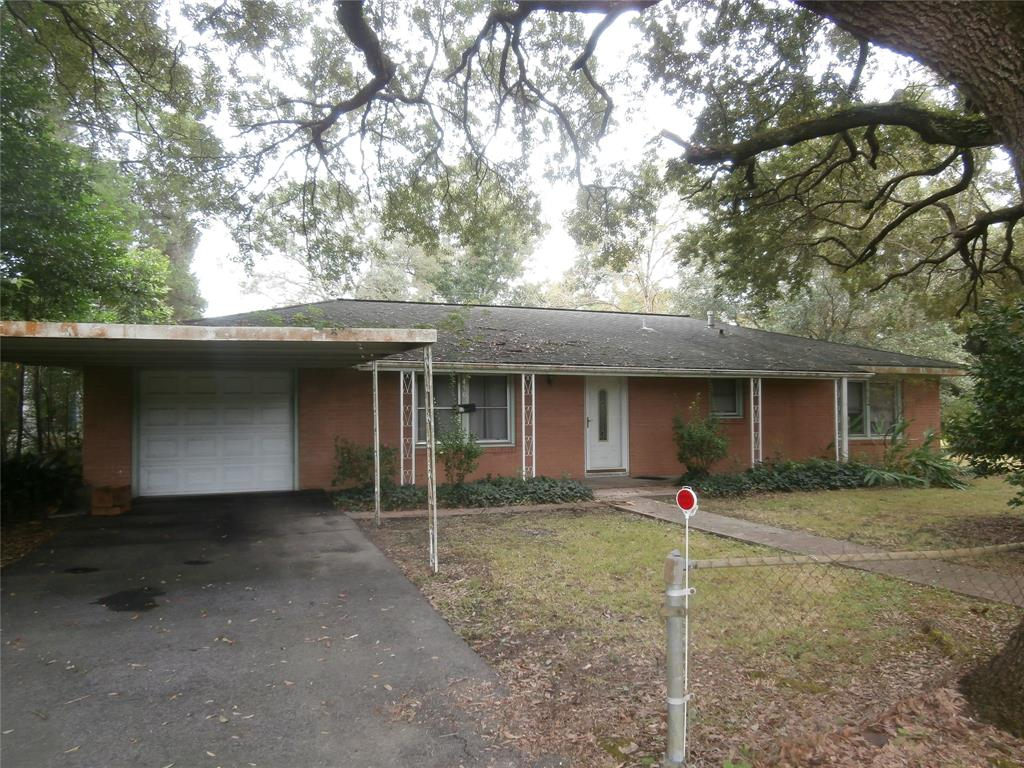 450 7th Street, Silsbee, Texas 77656, 3 Bedrooms Bedrooms, 5 Rooms Rooms,2 BathroomsBathrooms,Single-family,For Sale,7th,60705158