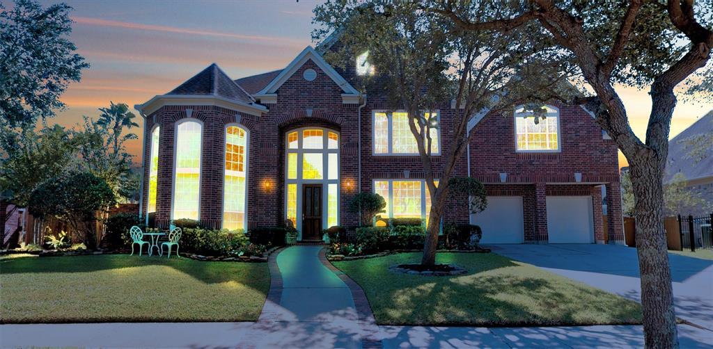 2523 Blossom Bay Court, Houston, TX 77059