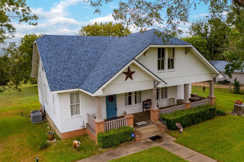 510 Trinity Street, Burton, TX 77835