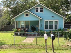 326 urbanec street, east bernard, TX 77435