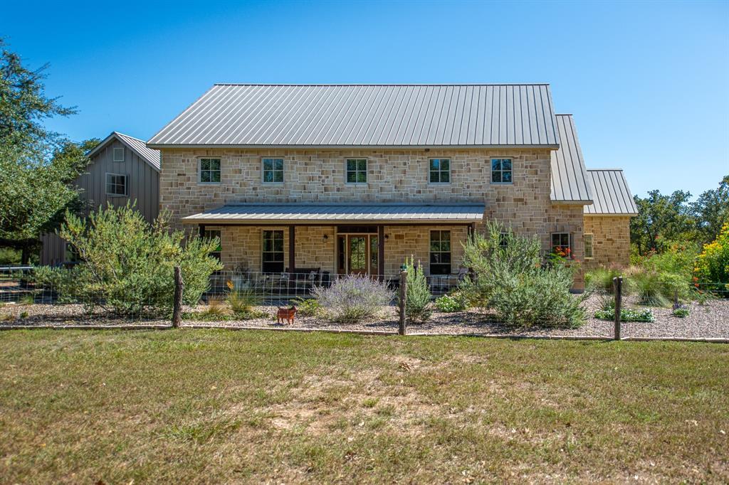 1661 Guenther Road, La Grange, TX 78945