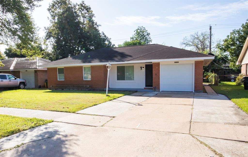 10102 Bessemer Street, Houston, TX 77034
