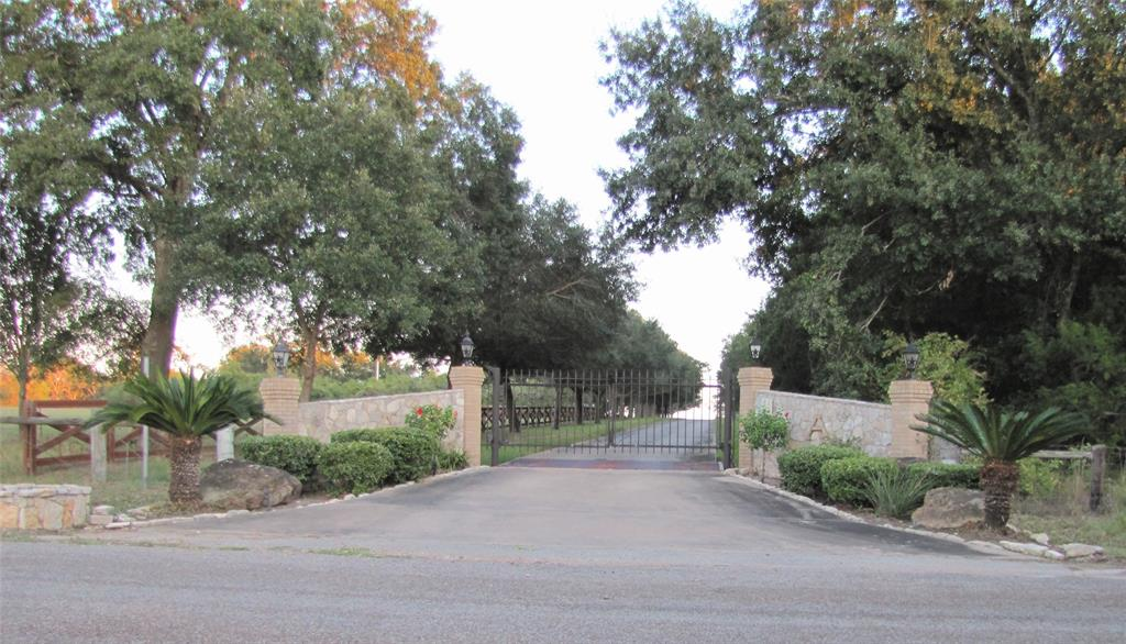 1032 Dunlavy Road, Cat Spring, TX 78933