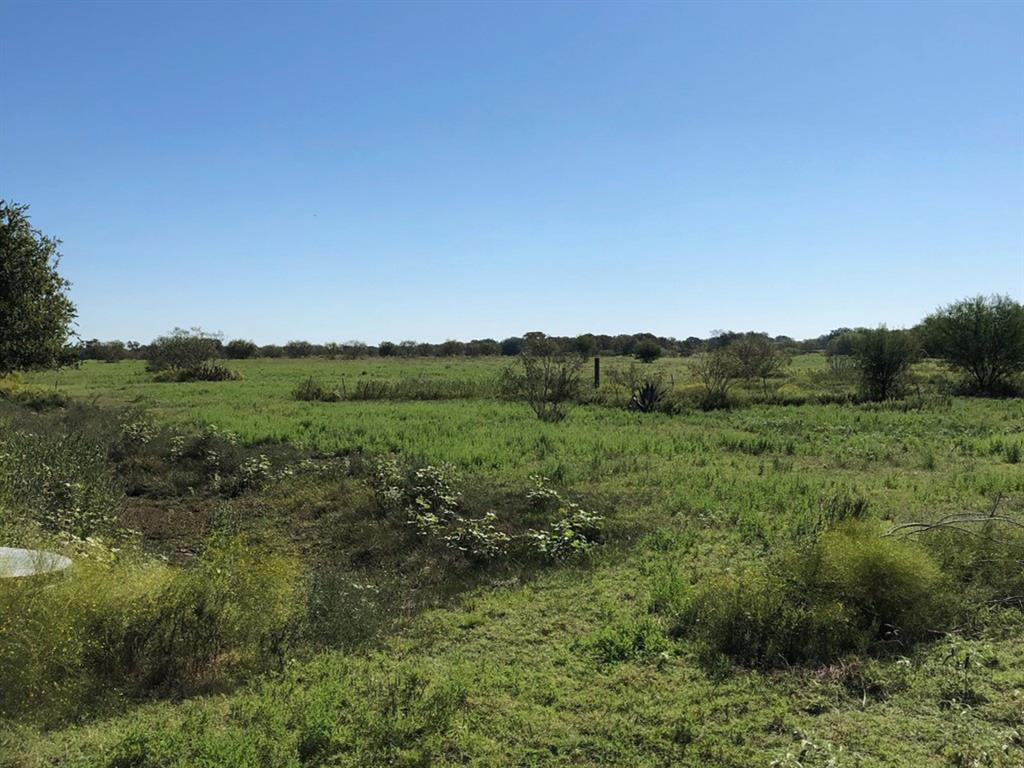 3835 County Road 265, Moulton, TX 77975