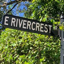 35 e rivercrest drive, houston, TX 77042