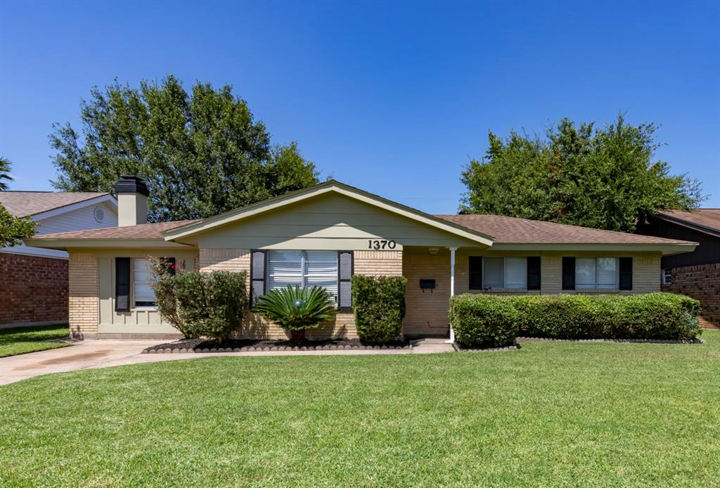 1370 Elsie Lane, Bridge City, TX 77611