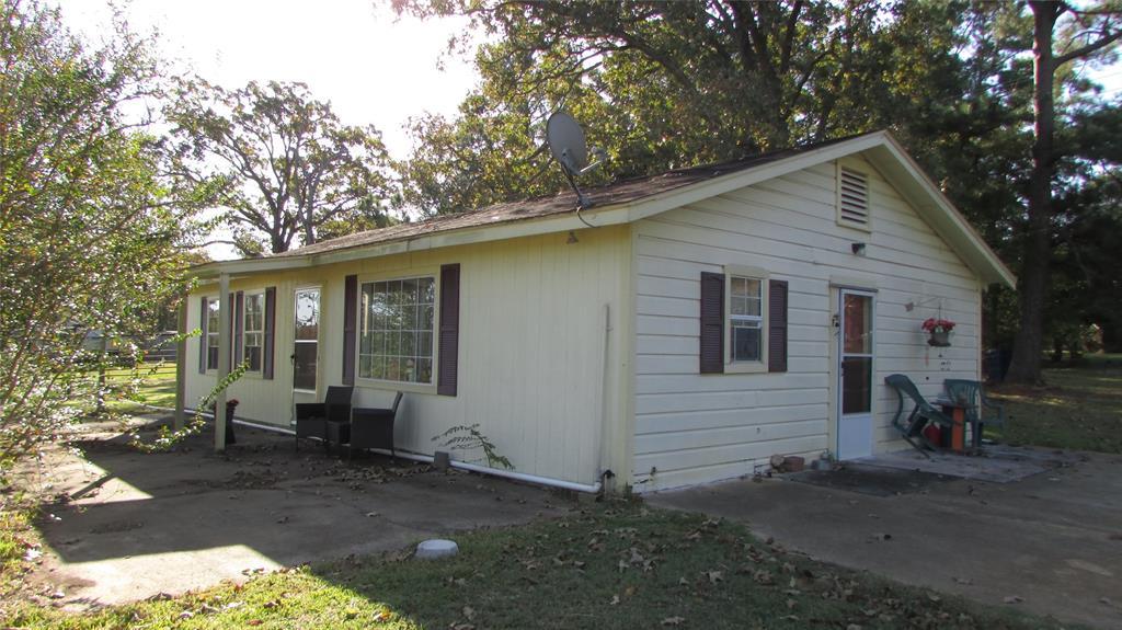 1820 E State Highway 294, Elkhart, TX 75839