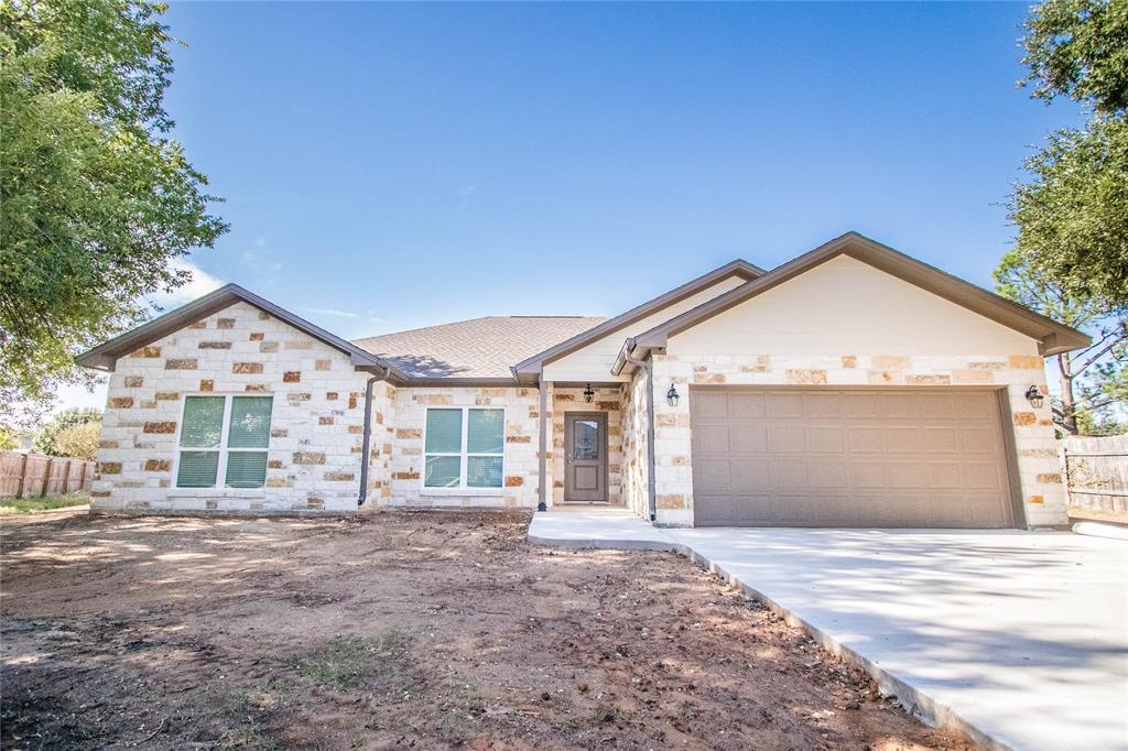 919 Kathy Street, Caldwell, TX 77836