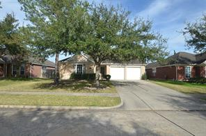 8718 distant woods drive, houston, TX 77095