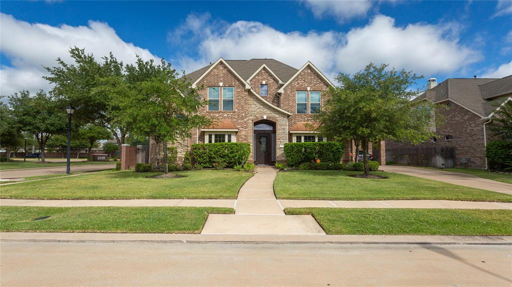 17218 Country Brook Lane, Houston, TX 77095