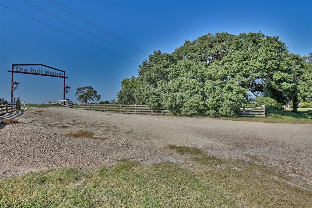 3570 S State Highway 237, Round Top, TX 78954