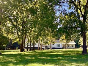 233 Taylor Cemetery Road, Moscow, TX 75960