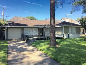 5322 patrick henry street, bellaire, TX 77401