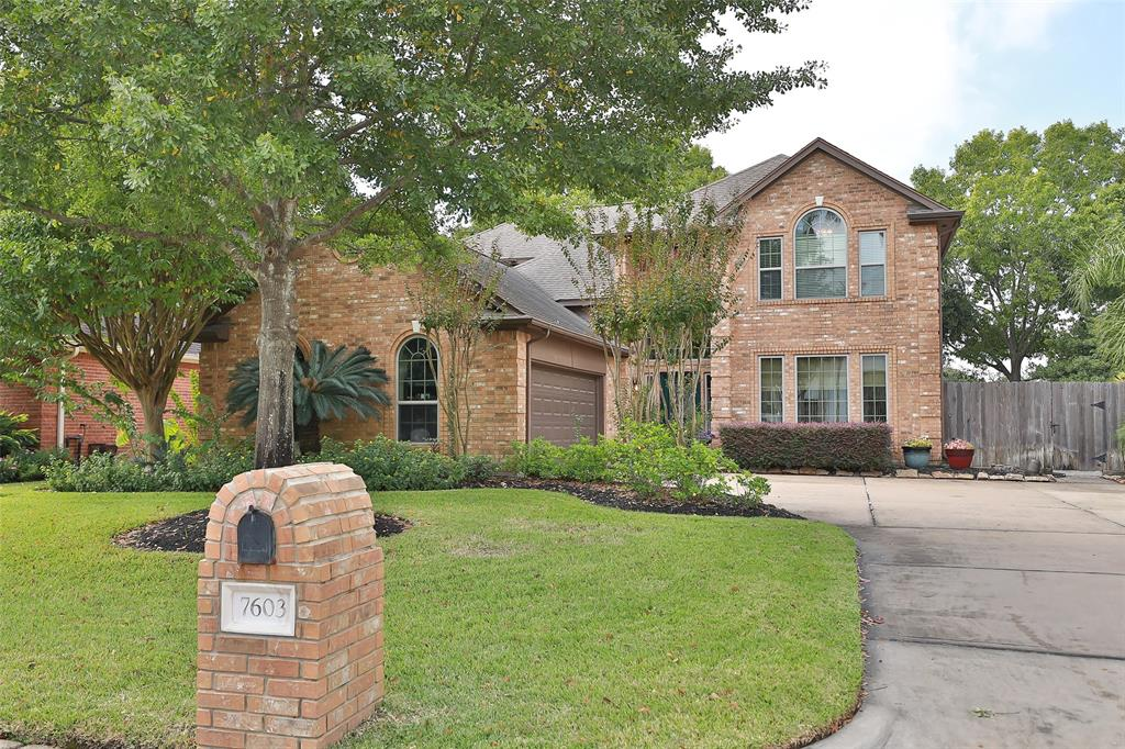 7603 Holly Court Estate, Houston, TX 77095