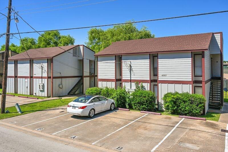 4303 Boyett Street A-D, Bryan, TX 77801