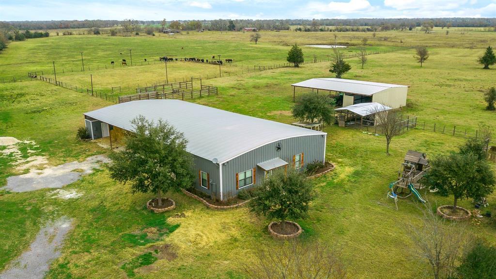 2266 Dutton Lane, Madisonville, TX 77864