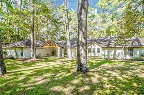 2615 Kings Forest Drive, Kingwood, TX 77339