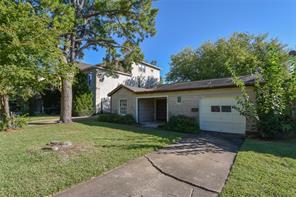 5217 chestnut street, bellaire, TX 77401