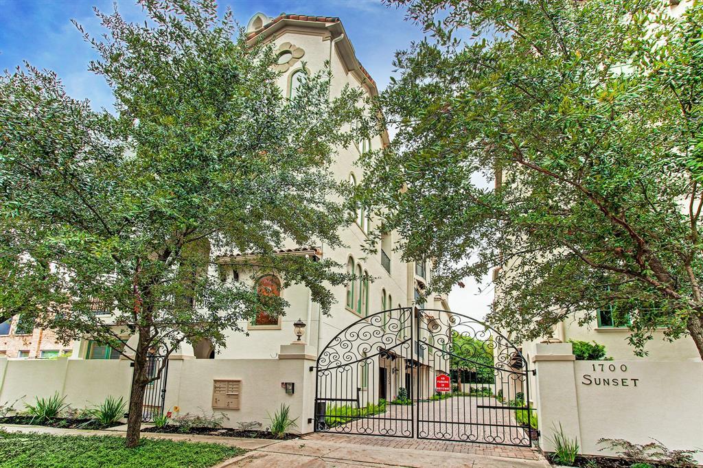 1700 Sunset Boulevard A, Houston, TX 77005
